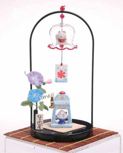 Table Manekineko (Welcoming Cat) and Wind-Bell Set