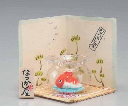 أوكيمونو حوض السمكة الذهبية