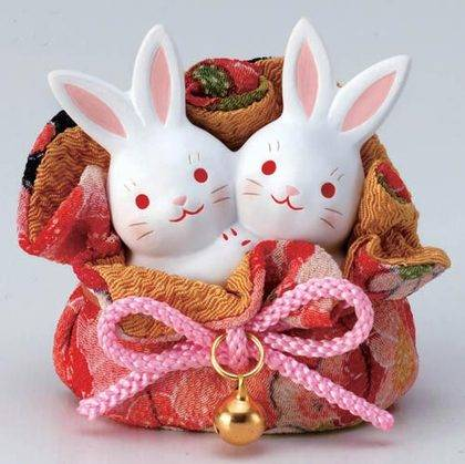 Japanese Okimono Figurine: Rabbits In Japanese Crepe_0